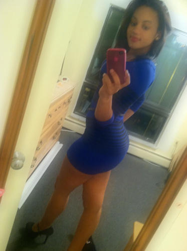 Latina-babe-with-booty-ass-selfshot-in-blue-dress