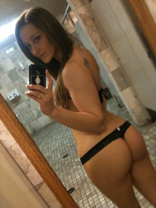 Sey Thong Selfshot In Public Toilet Hot Mirror Girls